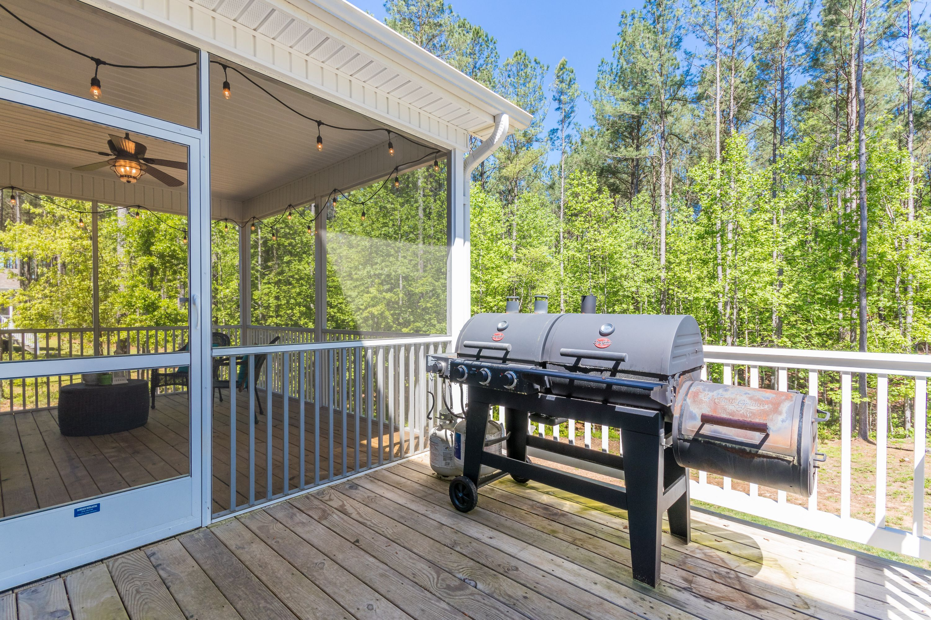 Deck and screened-in porch to entertain